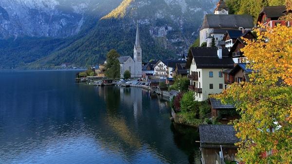 """哈尔施塔特村庄被称作""""世界上最美的小镇"""":冰雪奇缘灵感来源"""