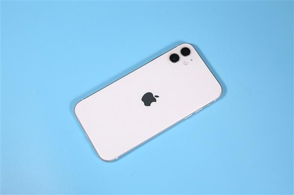 2019年12月iPhone在中国市场的出货量约为318万部 同比增长18.7%