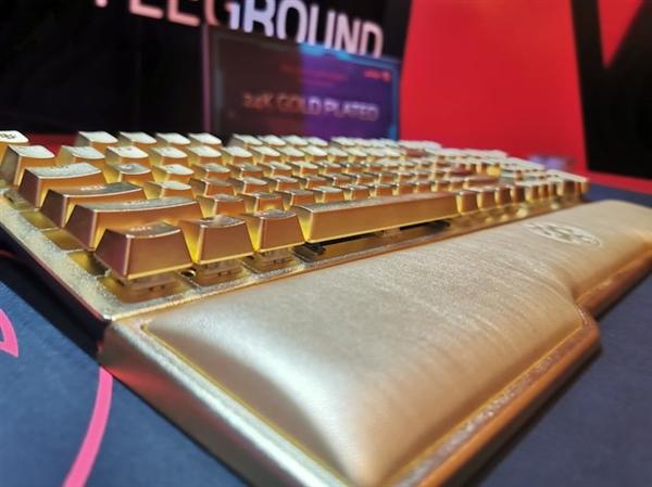 土豪金键盘!威刚晒出24K镀金设计的游戏键盘——Golden Summoner
