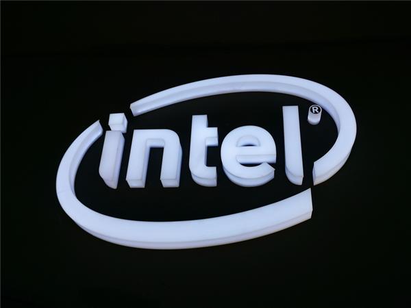 十代酷睿i9-10900发布时间推迟 型号还在持续曝光中