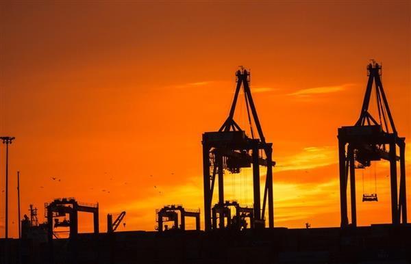 中石油在新疆打造出了亚洲陆上第一深井:深8882米 日产原油100吨
