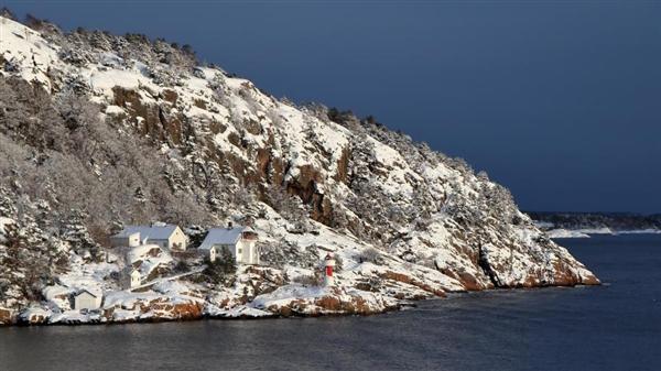 南极温度继续升高:冰山加速融化导致海平面上涨