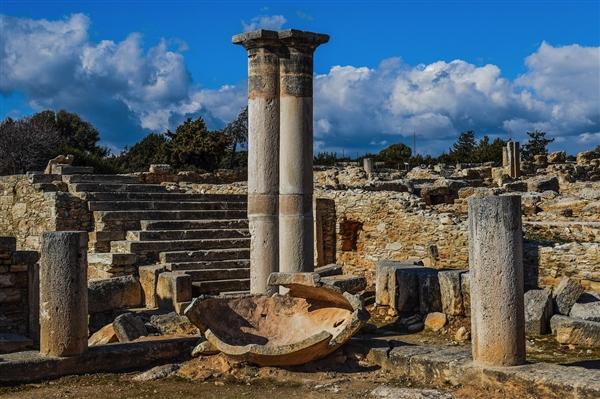 考古学家在以色列出土3200年前古代迦南人神庙 这是一个研究的独特机会