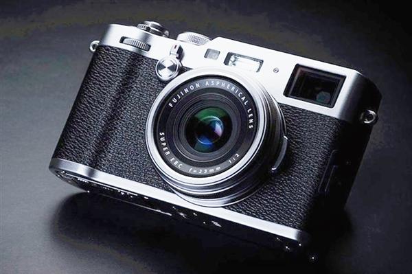 富士X100F新一代相机已在国内上线:提升连拍和视频拍摄能力