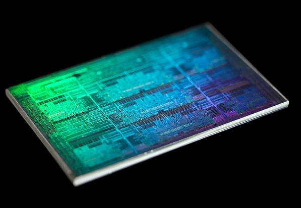 IBM推出新一代Z15处理器:虽依然使用GF 14nm工艺 但性能上有所提升