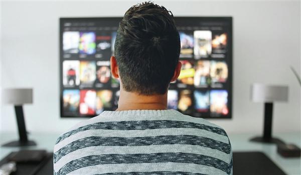 三星电视持续14年全球电视剧销量第一:去年销量超LG电视两倍
