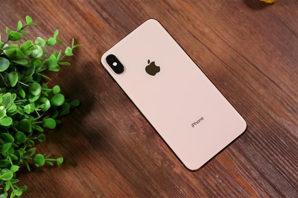 苹果正研发iOS系统新功能:设备无需连电脑、从云端进行系统恢复
