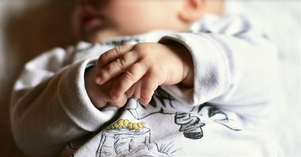 韩国人口持续负增长 成世界首个出生率进入