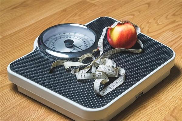 中年人体重增加或减少与肺功能下降加速/减缓息息相关