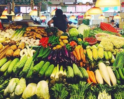 货品有保障 选择性更大 菜市场的线上生意经