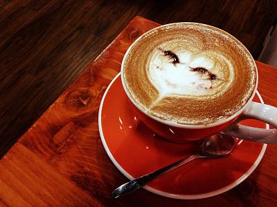 代谢率越高减重越容易 不运动不节食 喝几杯咖啡就能减脂?