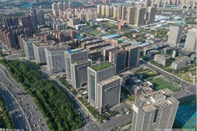 """广州两度出台新政共同为房地产市场降温""""挤水分"""""""